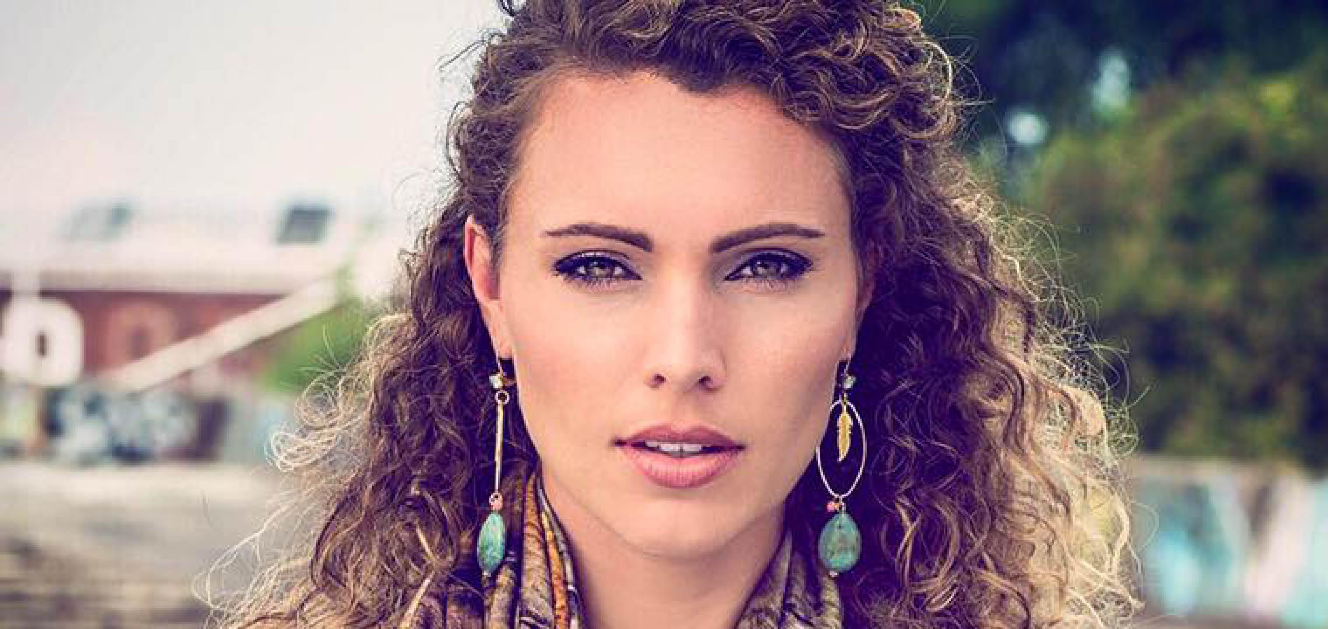 Jacqueline Steenbeek, Huidcoach Amber